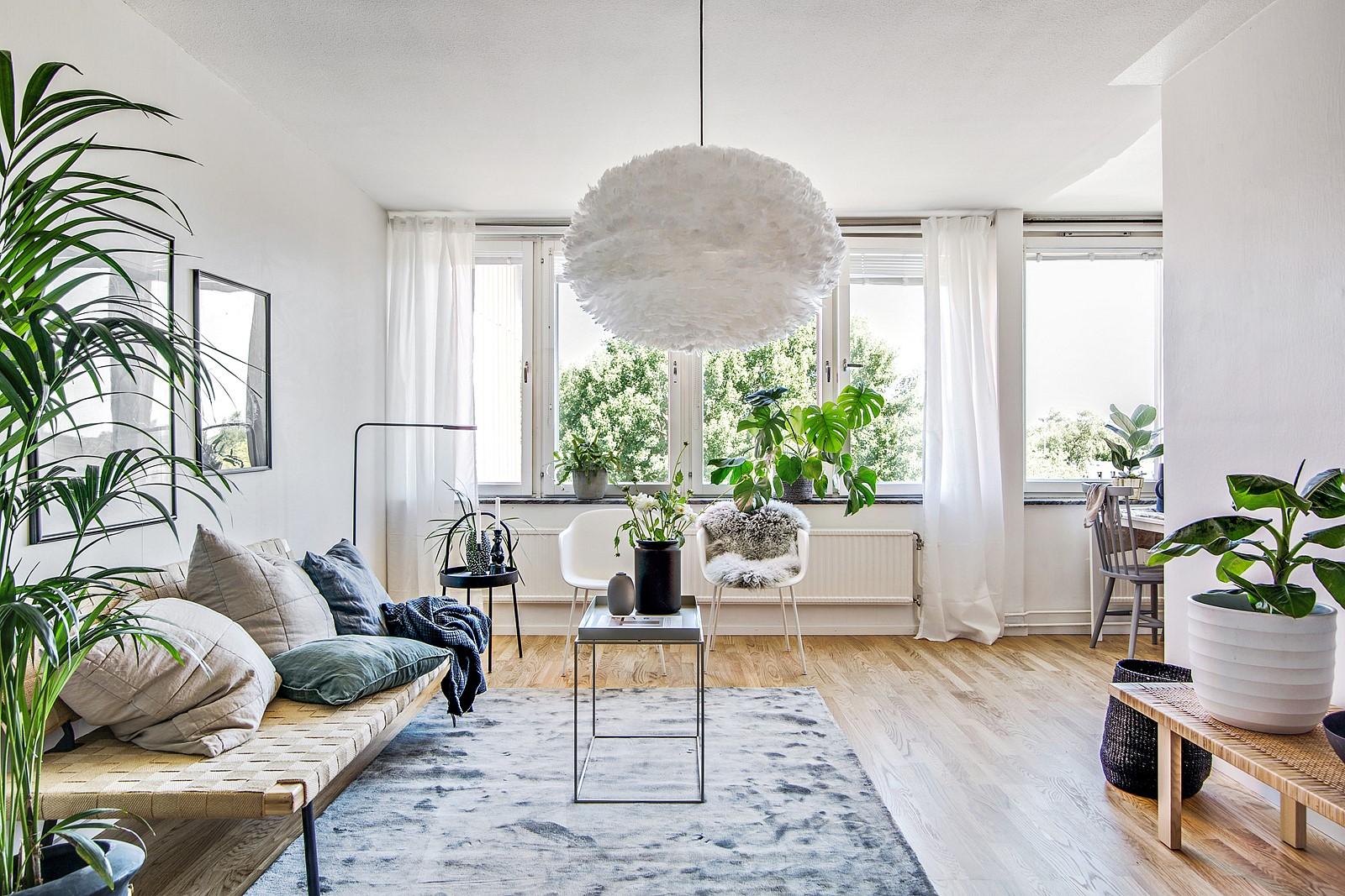 Här erbjuds en modern lägenhet i ett populärt omr�de och i en omtyckt förening